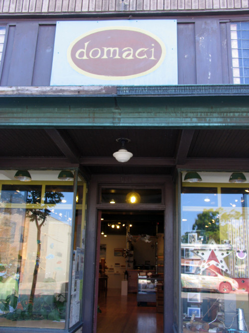 "Domaci means ""coming back home"" in Slovakian"