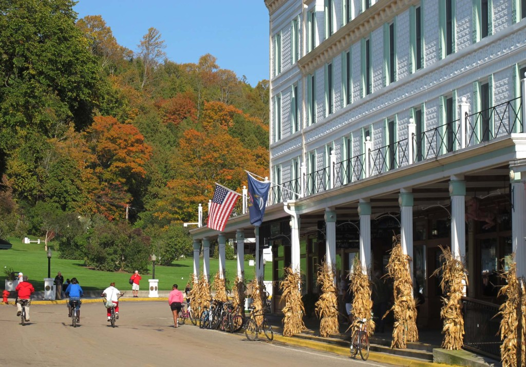 Shops and hotels decorate for the harvest season