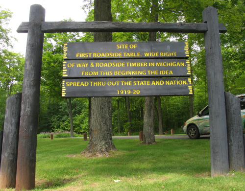 The nation's first official roadside table was at this site in Michigan's Upper Peninsula, on US-2 near Iron River