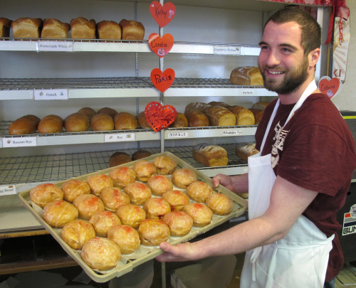 Sweetheart Bakery turns out thousands of the pre-Lenten pastries in several flavors